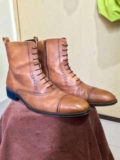 Massimo Dutti Zipper Boots