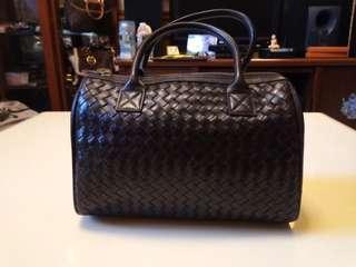 🚚 全新時尚手提包包