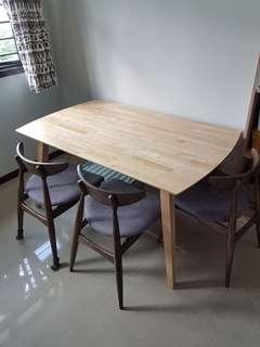 Wood Dinning Table/ Multipurpose table