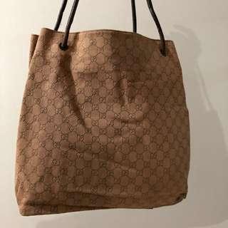 9b1bdf16e CNY SALE at $400 Prada Unisex Tote Bag Full Leather, Luxury, Bags ...