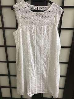BN GAP White Eyelet dress #CNY888