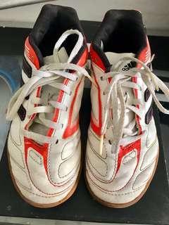 "Adidas futsal ori anak"""