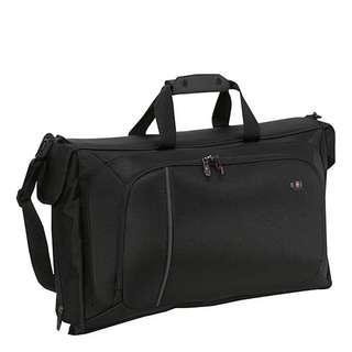 Victorinox Werks Traveler 4.0 WT Porter Tri-Fold Garment Bag