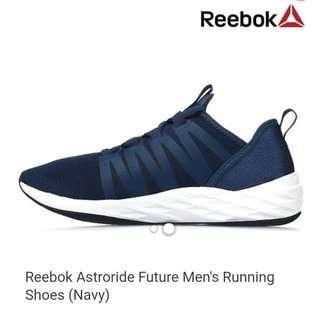 Brandnew Reebok running shoes size 10.5 US mens like nike adidas puma new balance roshe janoski vans shoes asics saucony