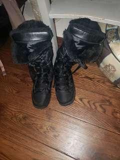 Rudsak fur winter shoe size 7 pretty and warm used 2times