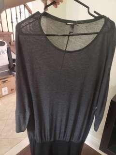 Mongo dress size small but fits medium