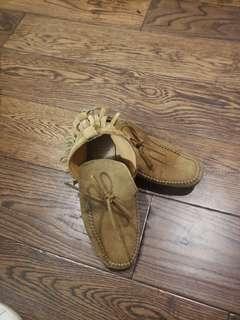 Zara sued shoe 7.5