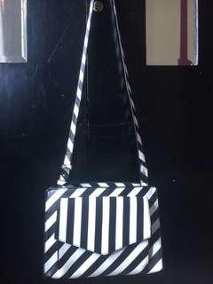 Zara bag black&white