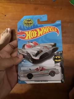 Hot Wheels Batman Batmobile Classic TV Series 2019