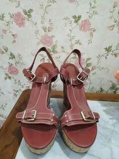 Charles&keith wedges original