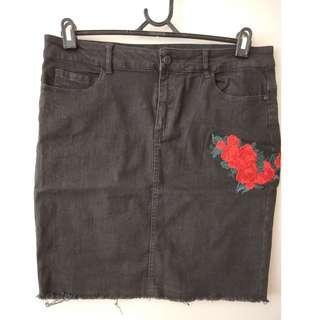 Noisy May Tall (ASOS) Skirt Black Stretch Denim Skirt w/ Floral Embroidery Sz XL