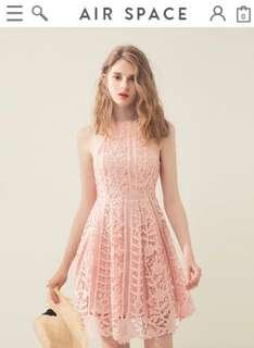 Air space lace dress