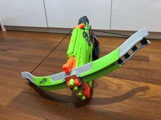 🚚 Nerf crossbow