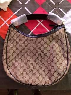 Gucci Twins Medium Hobo with Interlocking G Details