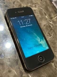 Iphone 4 - Black 32GB - Used
