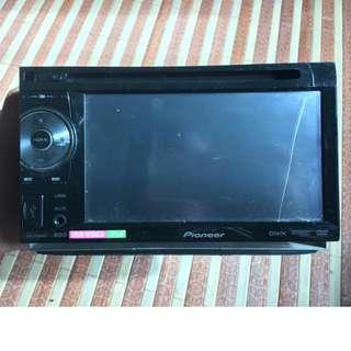 Pioneer AVH 1450 DVD Radio Double din with remote