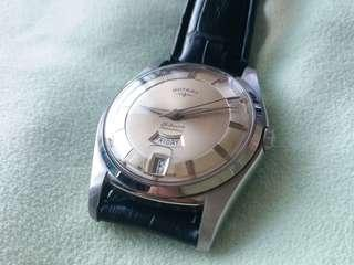 Vintage Rotary automatic day date dress watch.