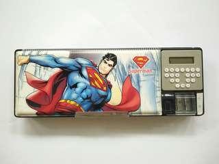 Kotak Pensil Ank Cwok Kondisi 70%, hanya kalkulator yg tdk nyala