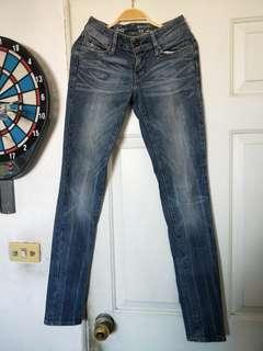 🚚 Levis牛仔褲,W23L32,真品少穿