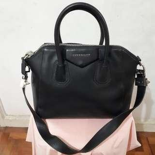 Givenchy Antigona (Read Description)