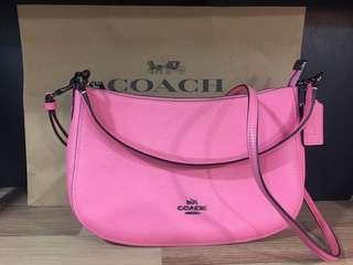 Coach彎月包