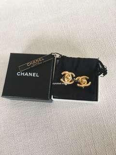 Chanel Clip-on Earrings Authentic
