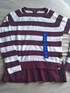 🚚 全新 Tommy 大女童L號 160大人可穿 針織衫