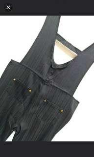 🚚 全新黑色直條紋吊帶褲m#一百均價