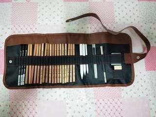 🚚 Art/Craft Pencils Set