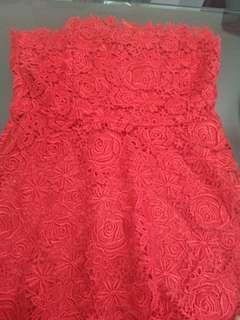 Mini dress brokat merah