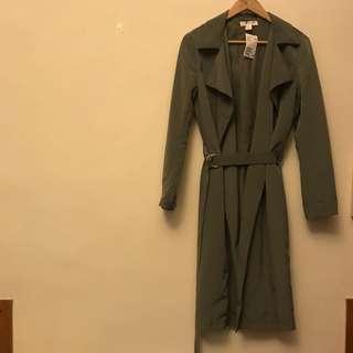 🚚 H&M 全新軍綠歐美風衣外套