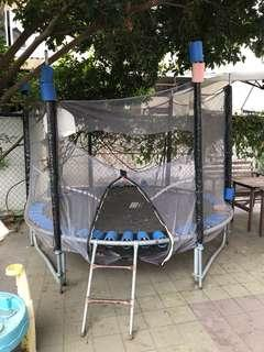 Outdoor huge trampoline (Free)