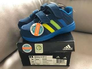 Adidas 鞋仔
