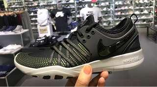 NIKE Womens FREE TR7 Brand New From Japan
