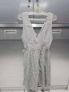 Feujiki dress garis2