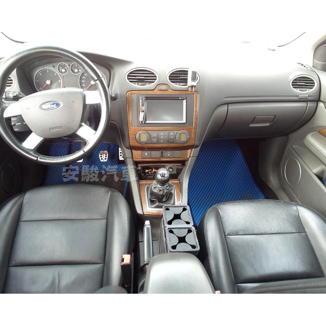 2007年福特 FOCUS 2.0銀(手排柴油)