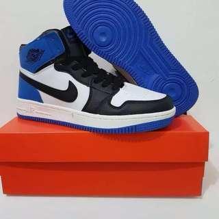 Nike Retro Air Jordan 1, Black Blue Color sz 43