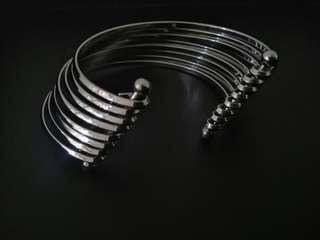 手鐲 bracelet