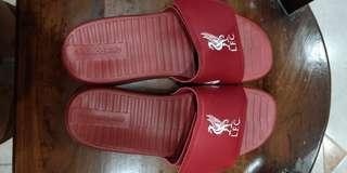 🚚 New Balance slipper worn once... still in good condition.