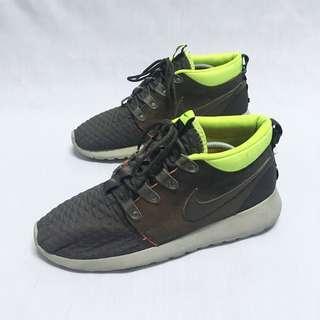 acd62f089384 Nike Roshe Run Sneakersboot 9uk
