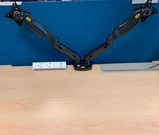 🚚 NB dual screen monitor arm