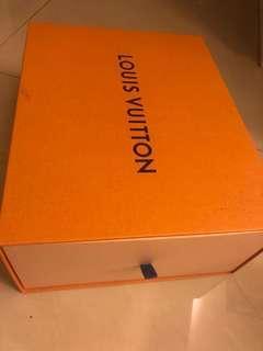 Louis Vuitton 鞋盒