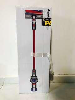 Dyson V7 Fluffy+ Cord-Free Vacuum Cleaner