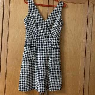 🚚 Dorothy perkins checkered dress
