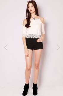SHOP SASSY DREAM ROESIA LACE TOP