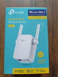For Sale wifi repeater (dual band)