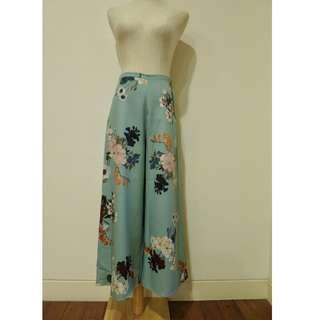 Floral Printed A-line Pants
