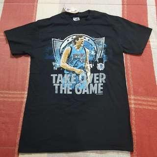 Legit BNWT Majestic NBA Dallas Mavericks T-Shirt SM