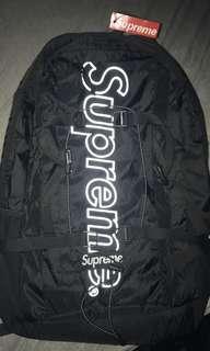 18FW SUPREME backbag