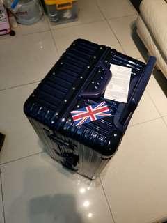 Dunlop 26吋行李箱,九九成新